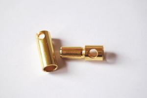 Connettori dorati da 5,5 mm.