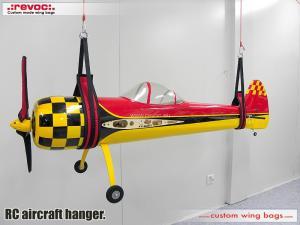 Revoc RC aircraft hanger