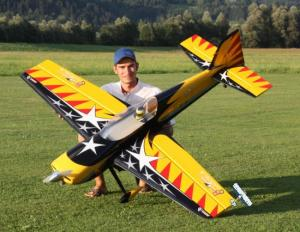 GB-Models MX2 Bruckmann 1.95 mt. giallo/nero
