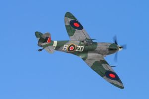 CARF Supermarine Spitfire Mk IX 2,60mt All Silver