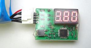 Indicatore di tensione LCD 1/3 celle
